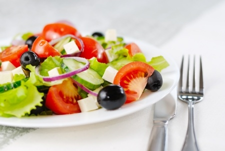 Healthy and Convenient Meals – Arranging Services for Your Elderly Parents
